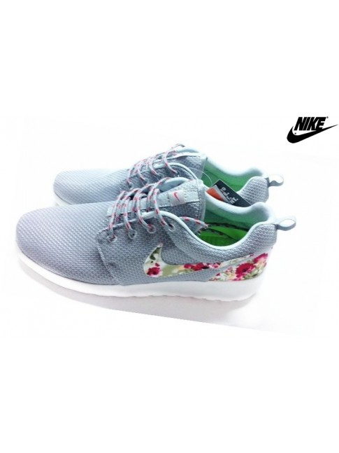 Floral Chaussures Nike Roshe Run Femme Gris Argent Blanche